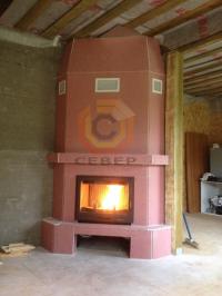 Угловая установка камина Tarnawa в теплоизолированный конвекционный короб